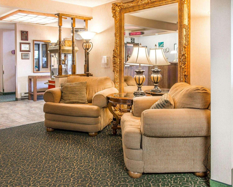 Lobby - Quality Inn St Ignace