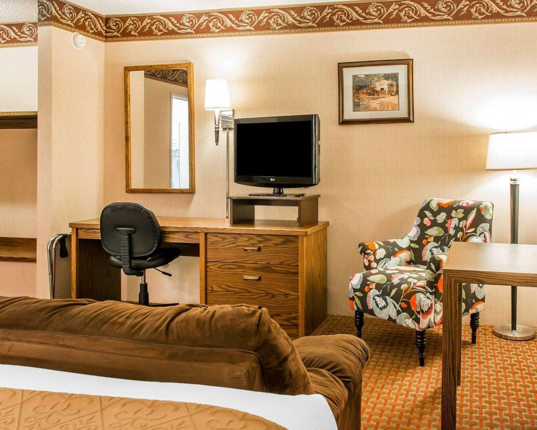 Suite - Quality Inn St Ignace