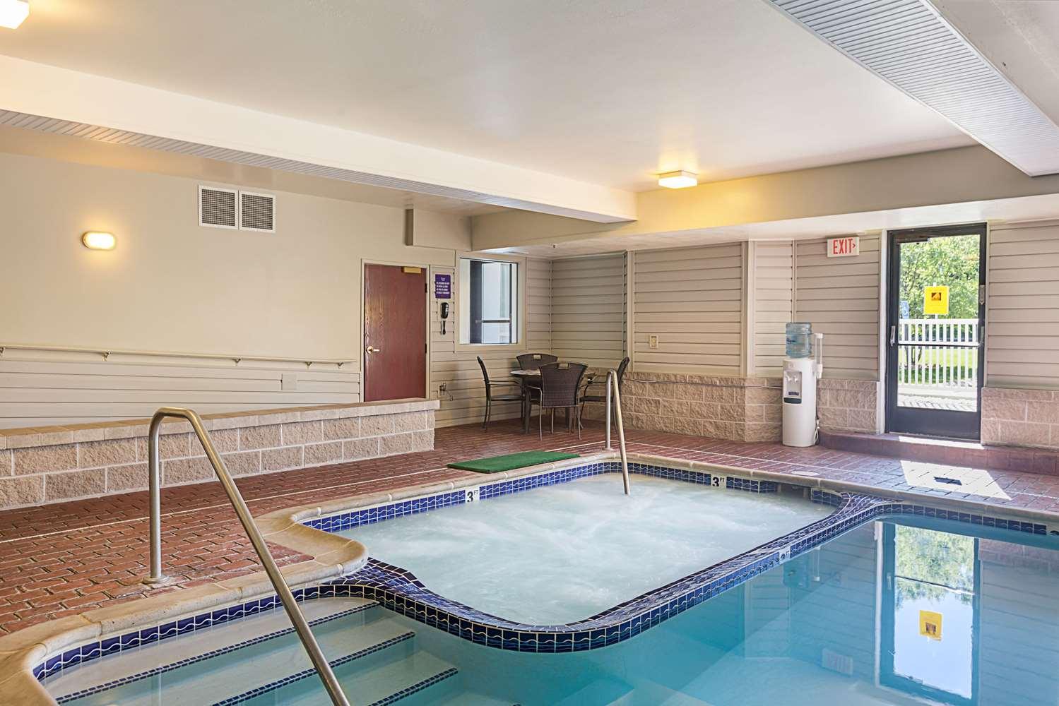 Pool - Sleep Inn & Suites Acme