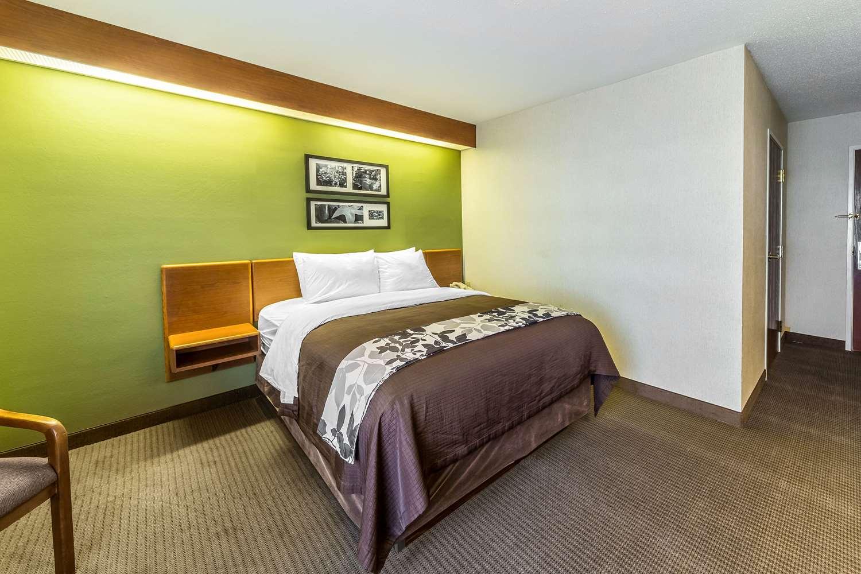 Room - Sleep Inn & Suites Acme