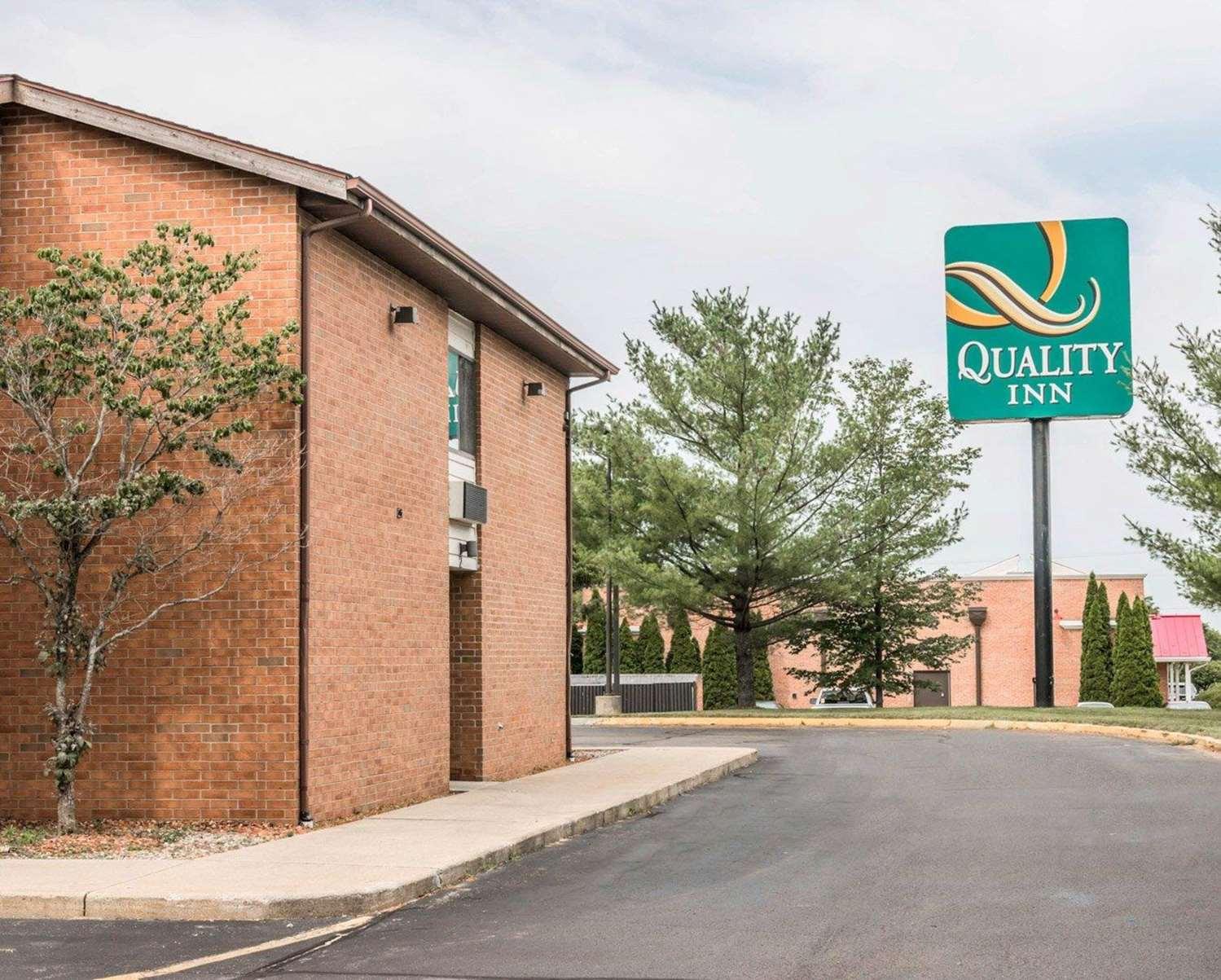Exterior view - Quality Inn Walker