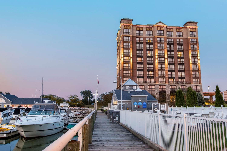 Shoreline Inn & Conference C, Ascend Hotel Collection