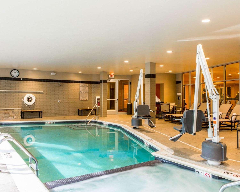 Pool - Cambria Hotel Traverse City