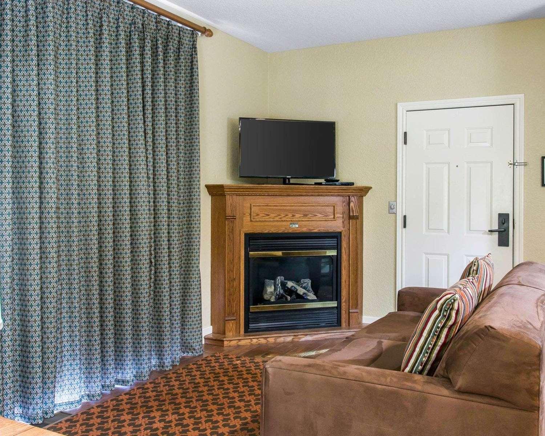 Room - Mountain Run Hotel by Bluegreen Vacations Boyne Falls