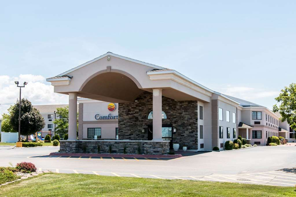 Comfort Inn hotel in Ludington, MI