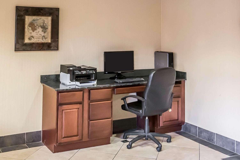 Conference Area - Econo Lodge Inn & Suites Monroe