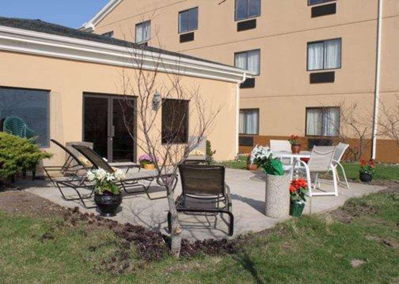 Other - Econo Lodge Inn & Suites Monroe