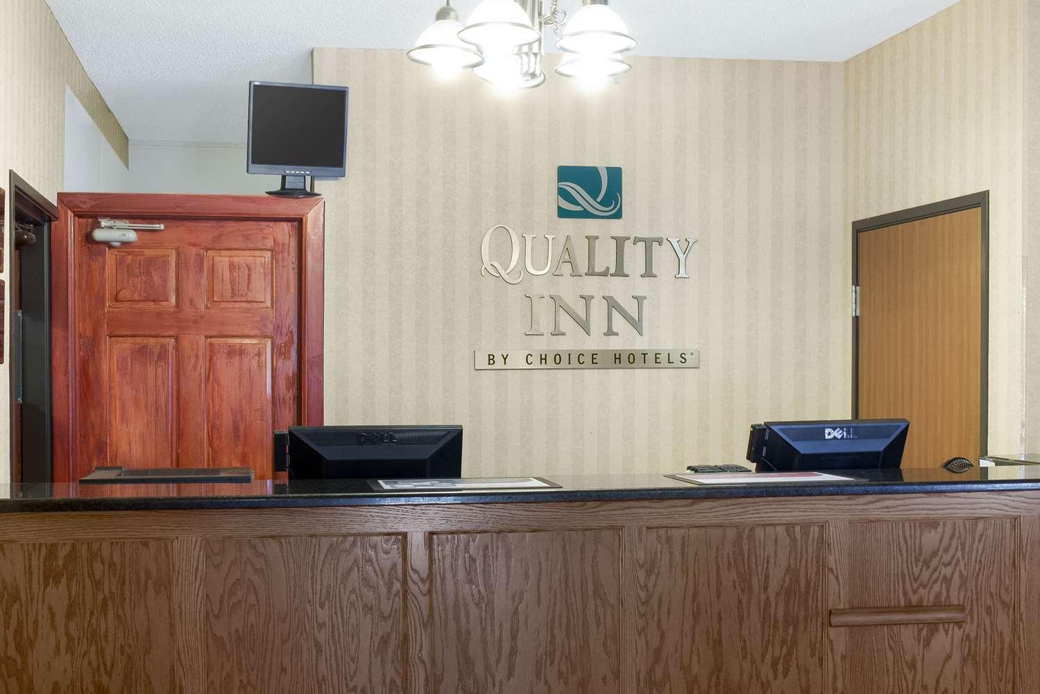 Lobby - Quality Inn Bemidji