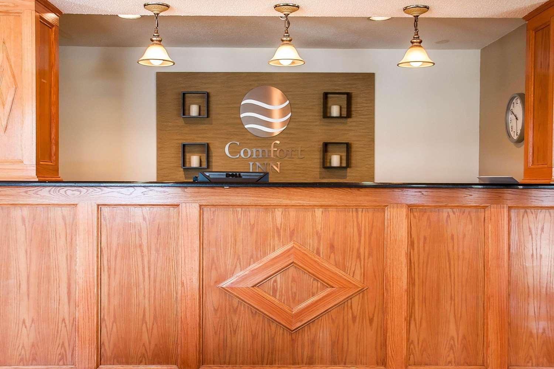 Lobby - Comfort Inn Fergus Falls