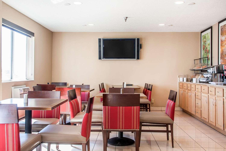 Restaurant - Comfort Inn Fergus Falls