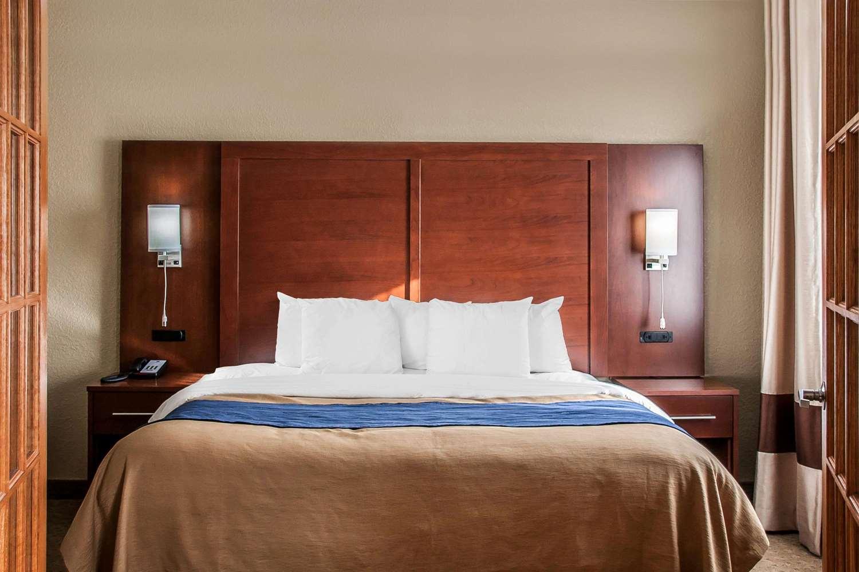 Suite - Comfort Inn Fergus Falls