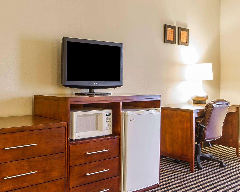 Room - Comfort Inn Owatonna