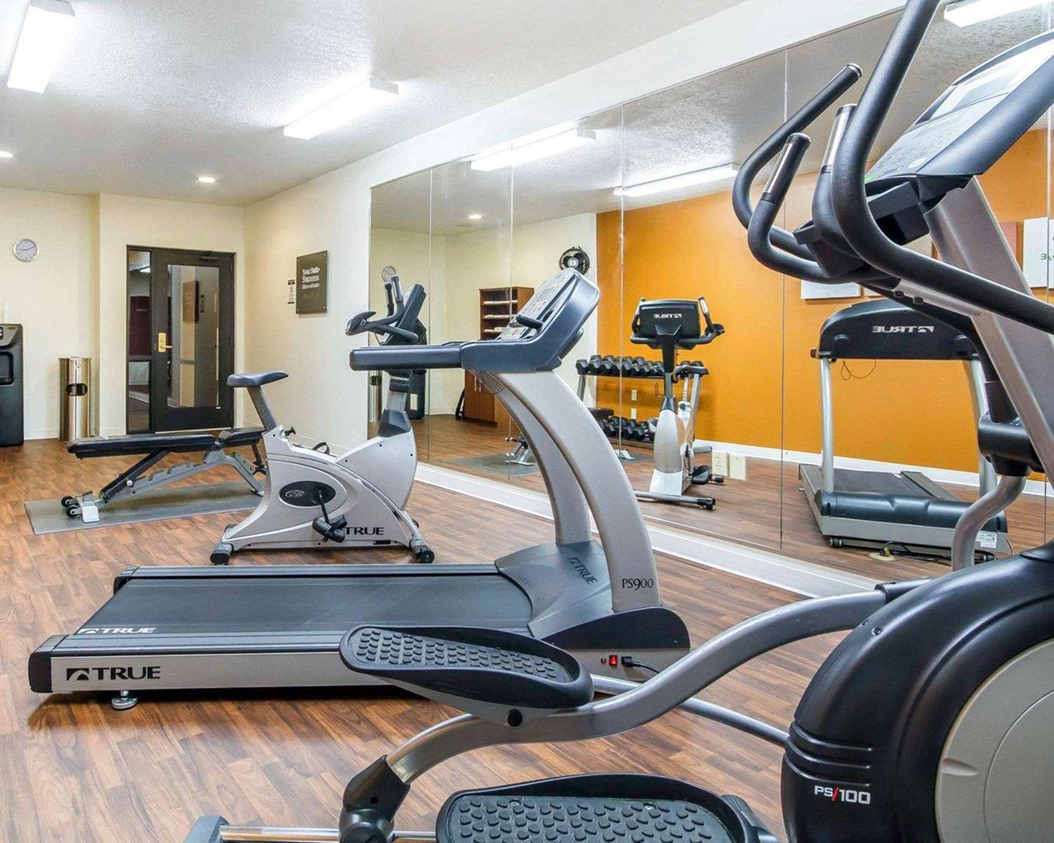 Fitness/ Exercise Room - Comfort Suites Ramsey