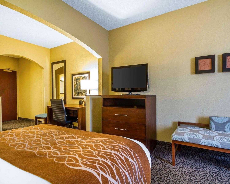 Suite - Comfort Suites Ramsey