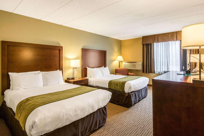 Room - Comfort Inn Plymouth