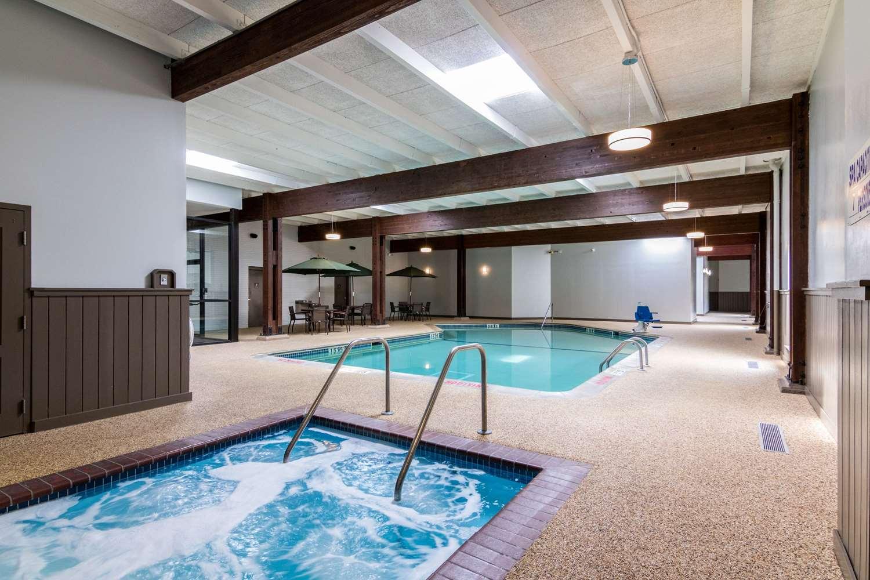 Pool - Comfort Inn Plymouth