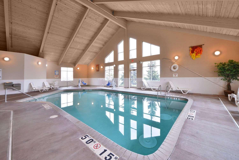 Pool - Comfort Inn Albert Lea