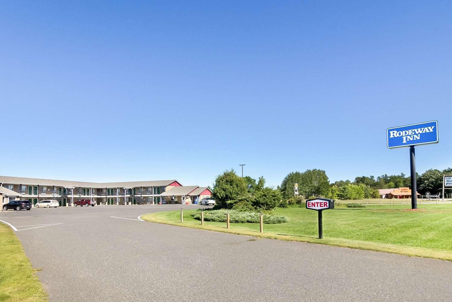 Exterior view - Rodeway Inn Pine River