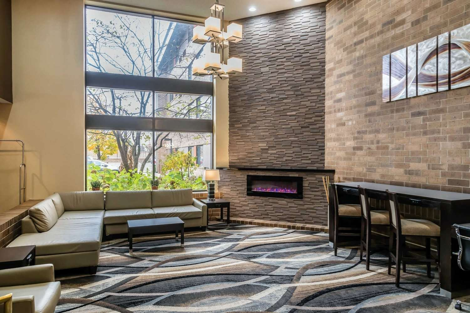 Lobby - Quality Inn & Suites Minneapolis Airport Bloomington