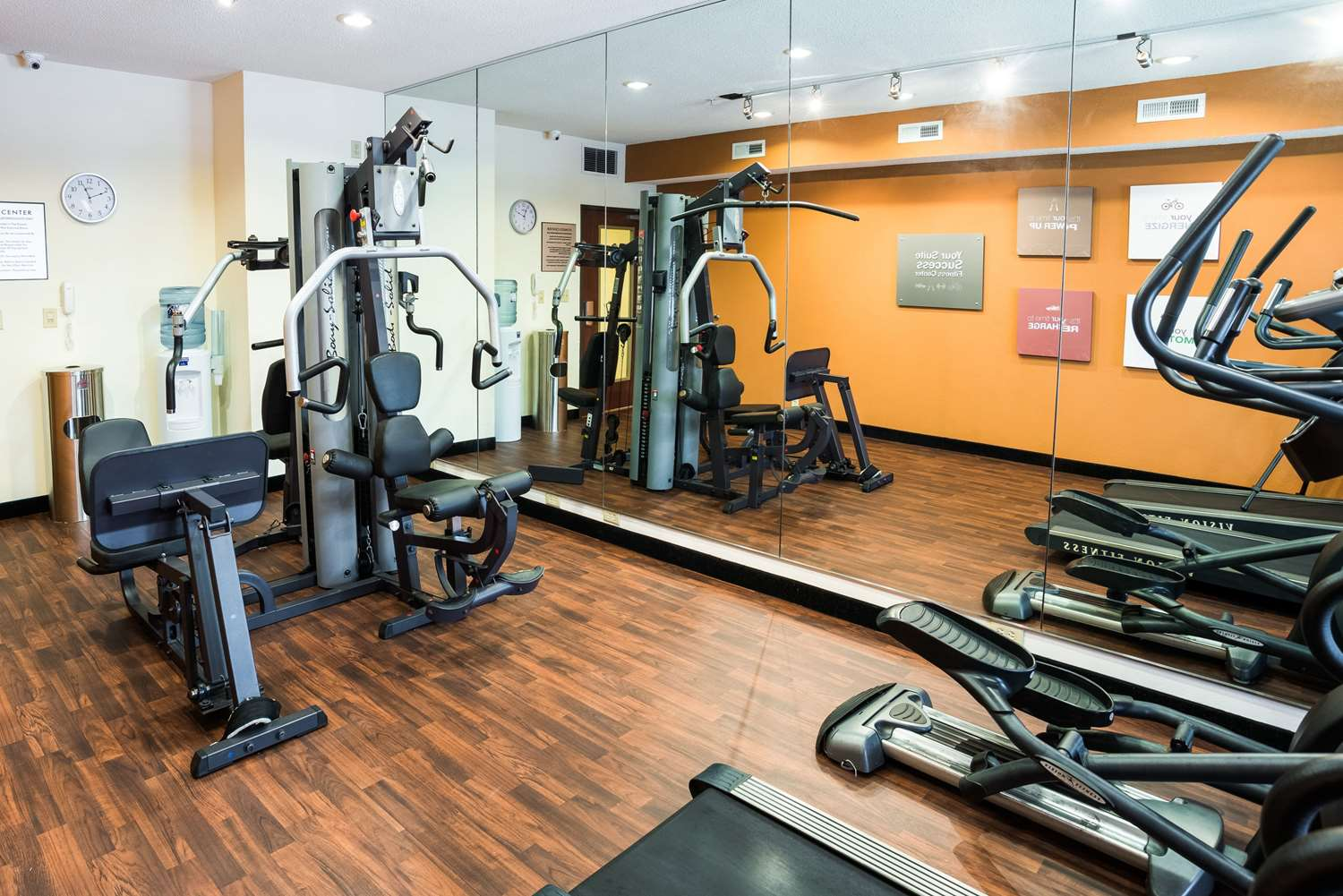 Fitness/ Exercise Room - Comfort Suites Airport Rochester