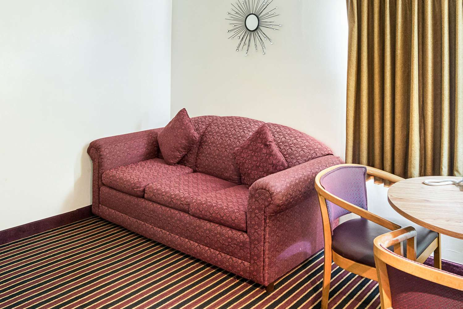 Suite - Rodeway Inn & Suites Austin