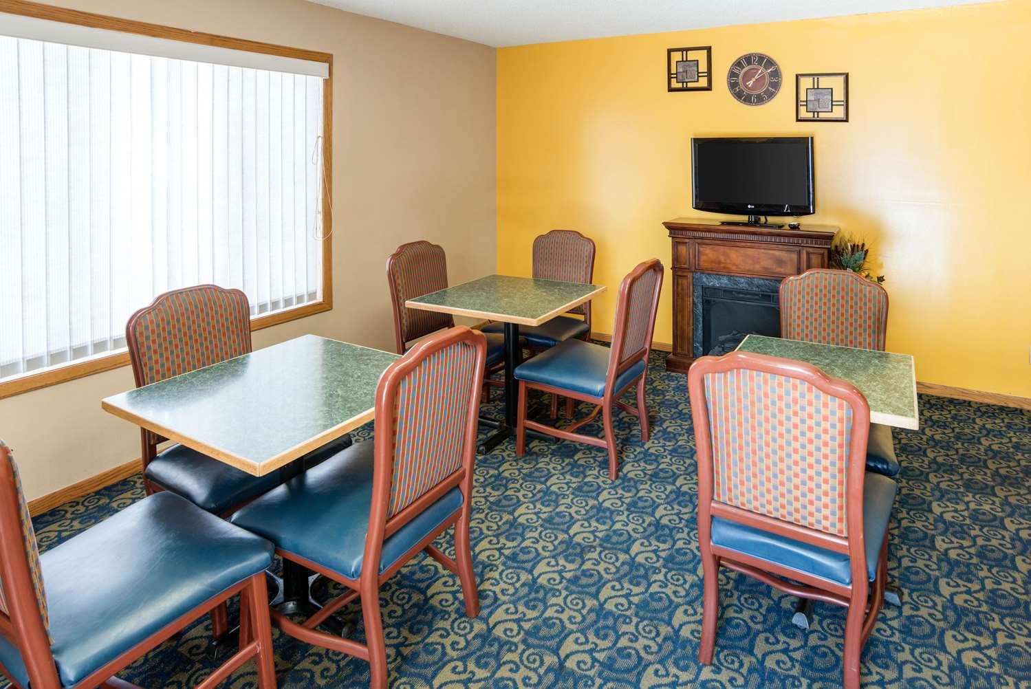 Restaurant - Rodeway Inn & Suites Austin