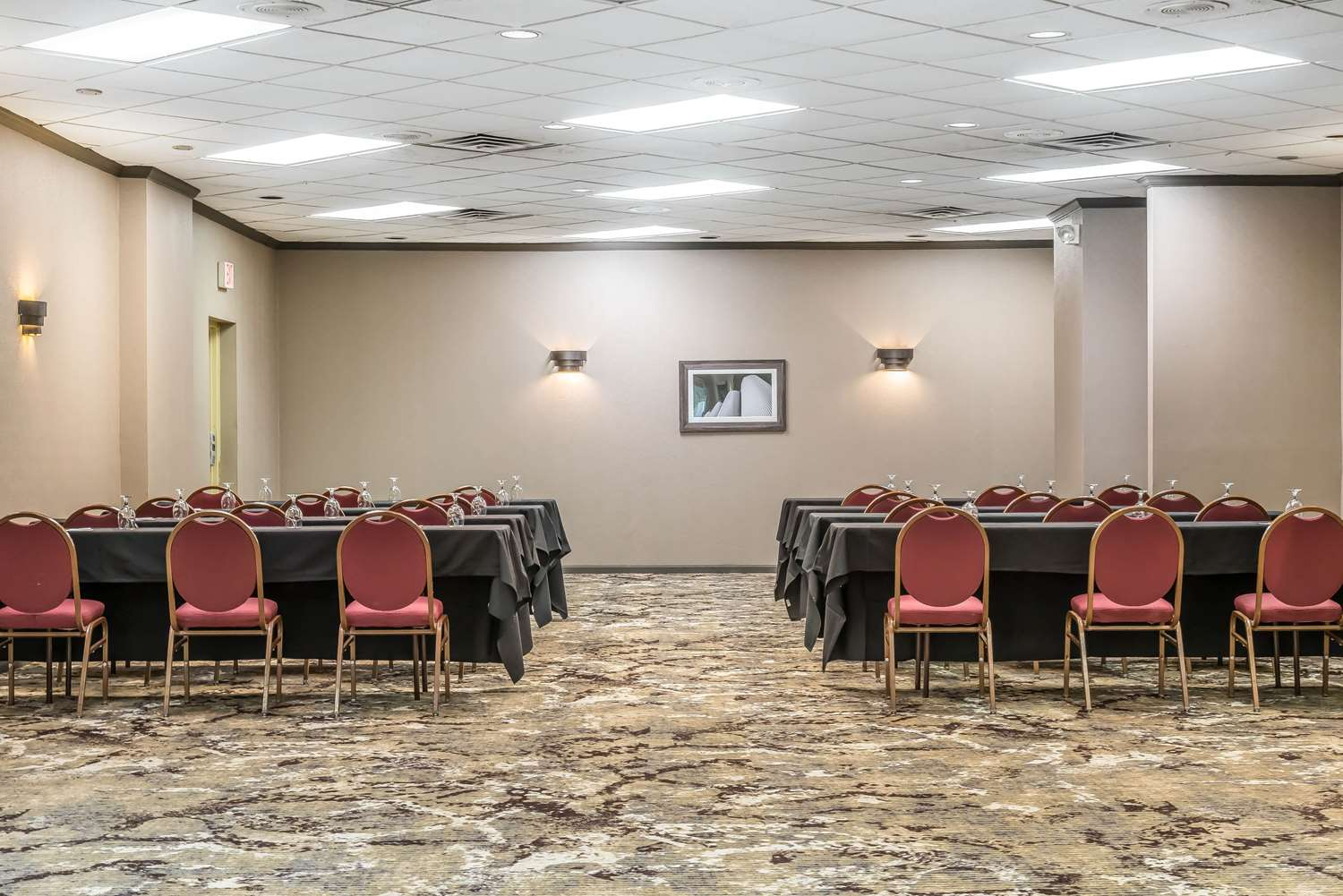 Meeting Facilities - enVision Hotel South St Paul