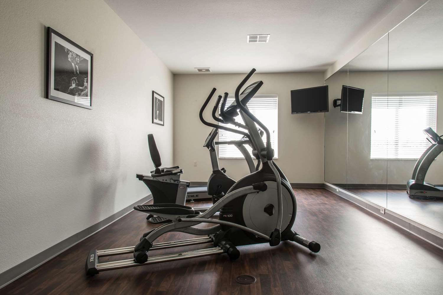 Fitness/ Exercise Room - Sleep Inn & Suites Marshall