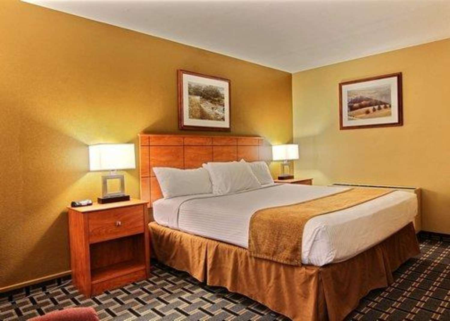 Suite - Quality Inn Thief River Falls
