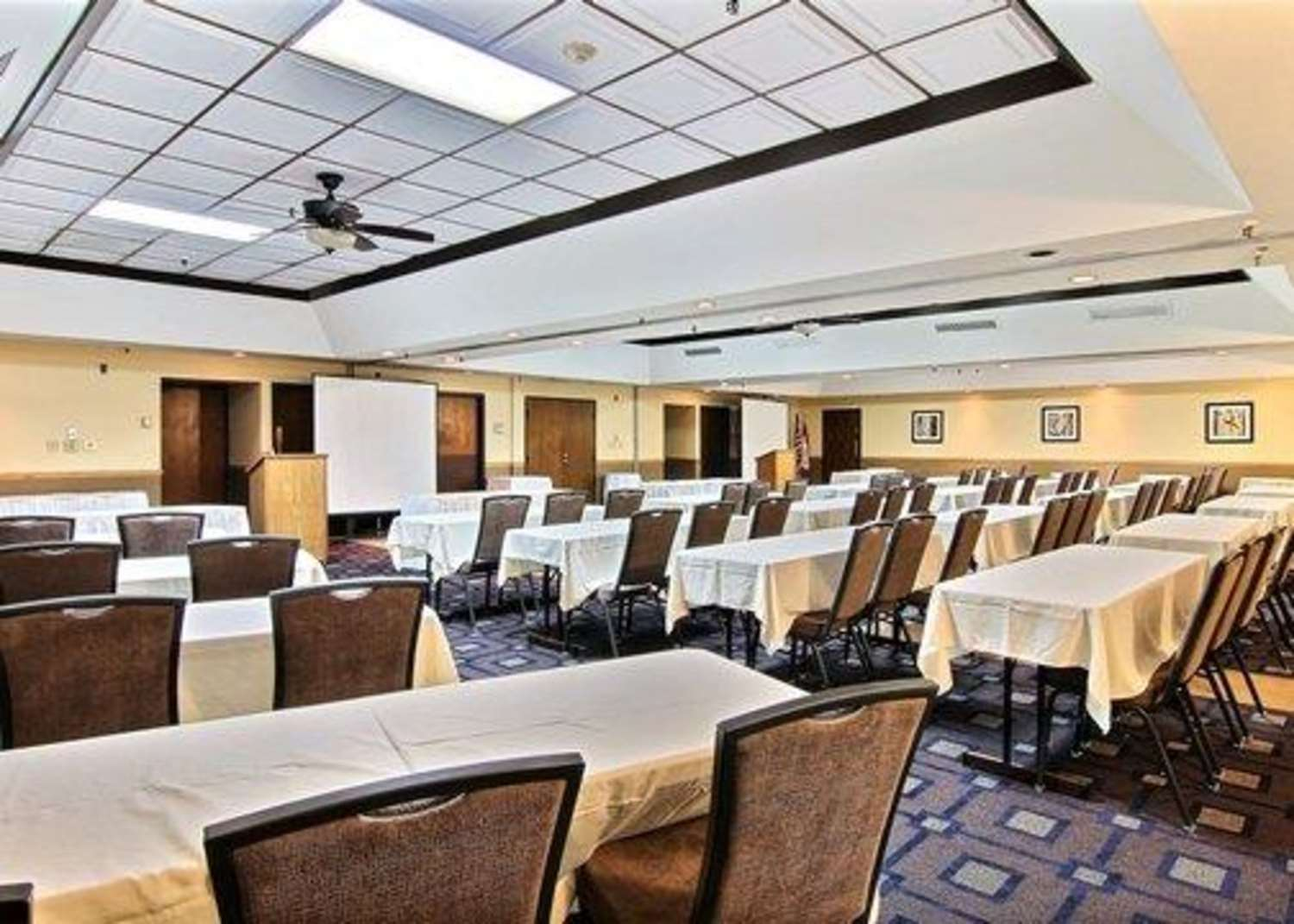 Meeting Facilities - Quality Inn Thief River Falls