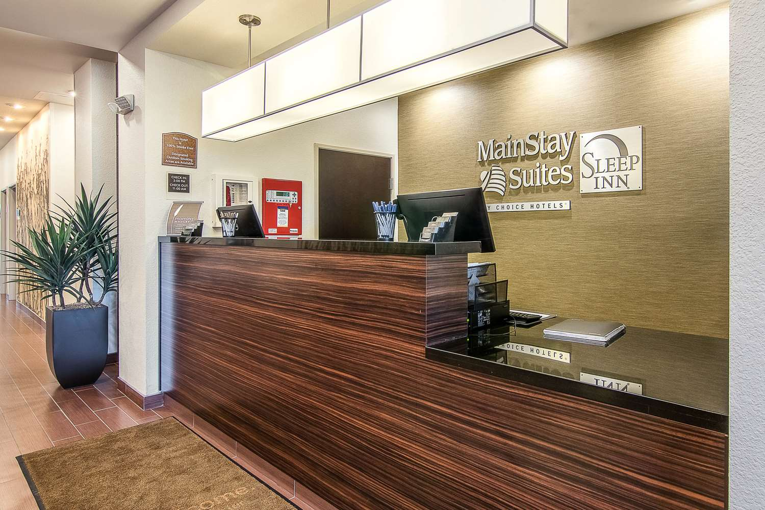 Lobby - Mainstay Suites Rochester