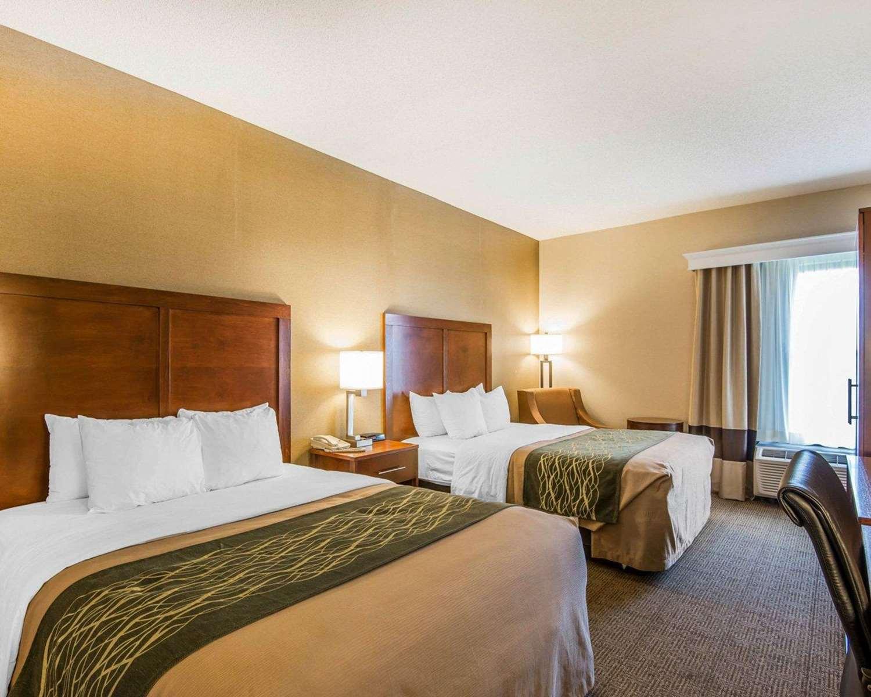 Room - Quality Inn Cameron