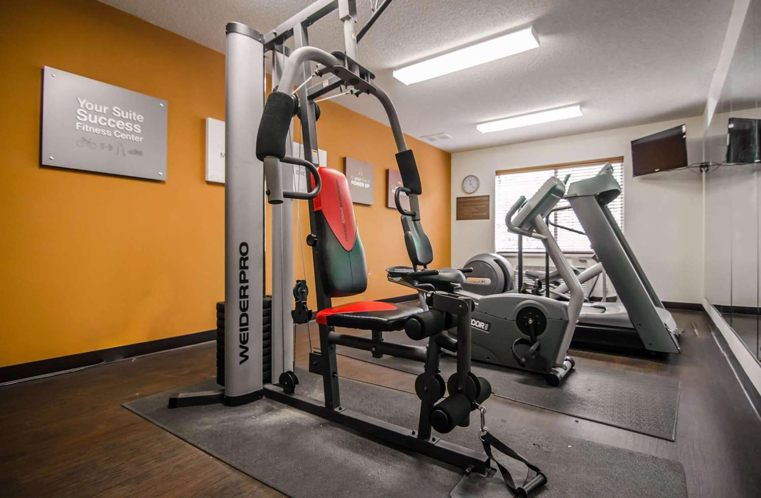 Fitness/ Exercise Room - Quality Suites St Joseph