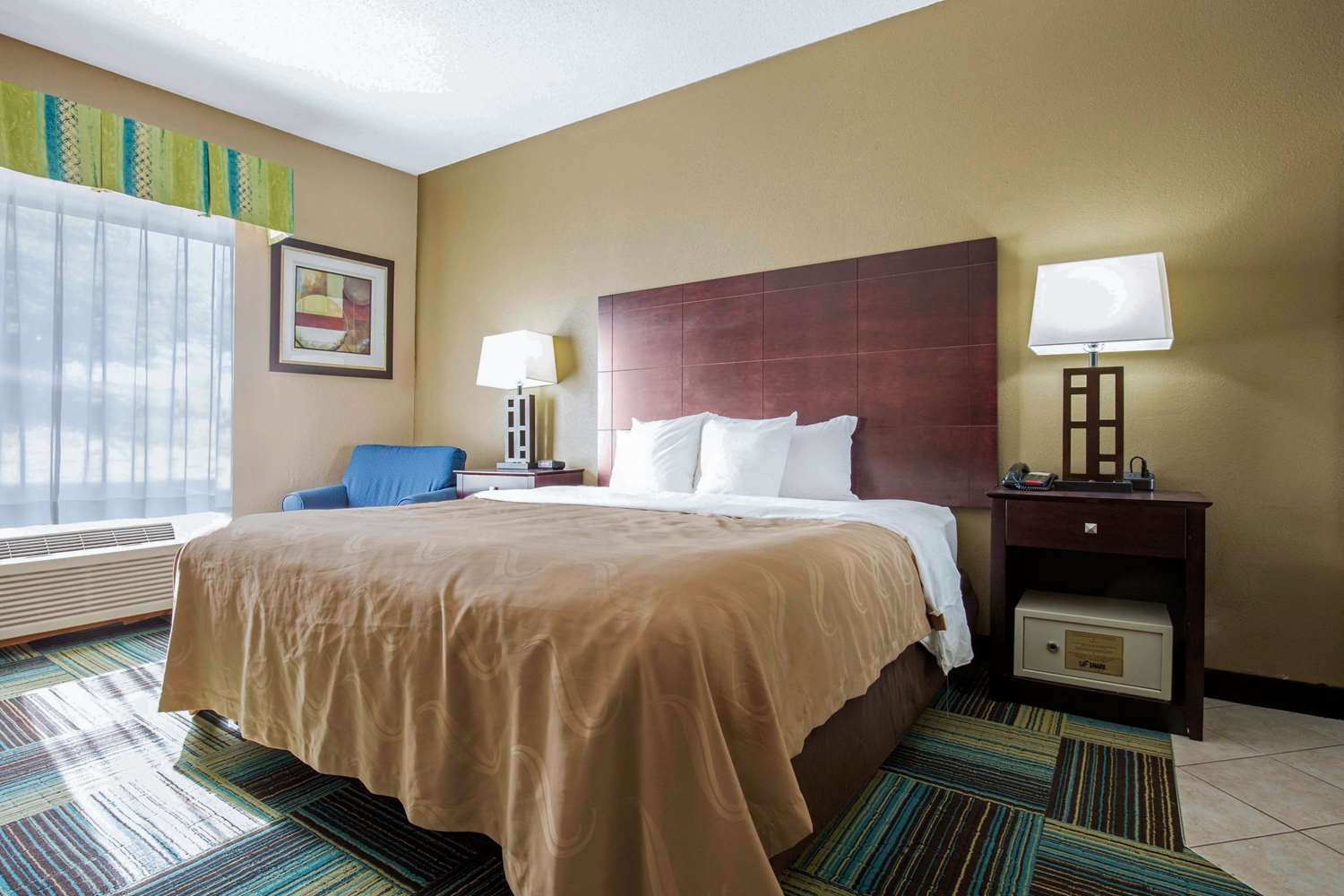Room - Quality Inn & Suites Arnold