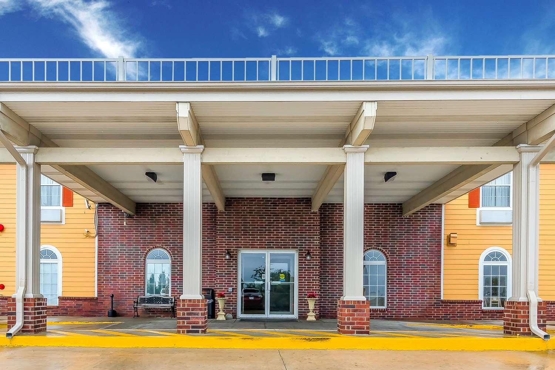 Exterior view - Quality Inn & Suites Southwest Springfield