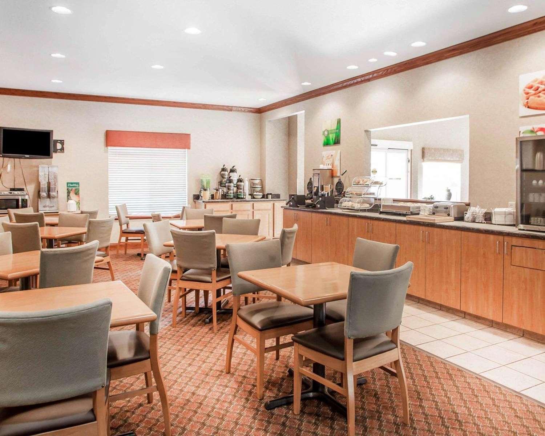 Restaurant - Quality Inn Lake Ozark