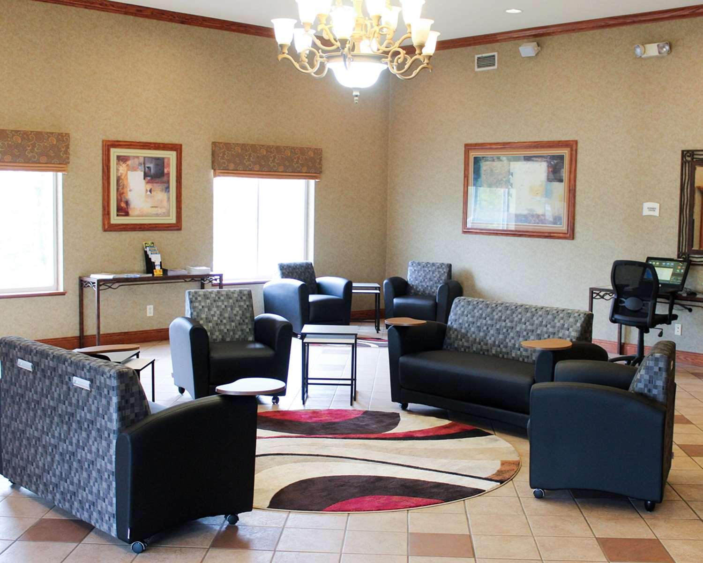 Lobby - Quality Inn Lake Ozark