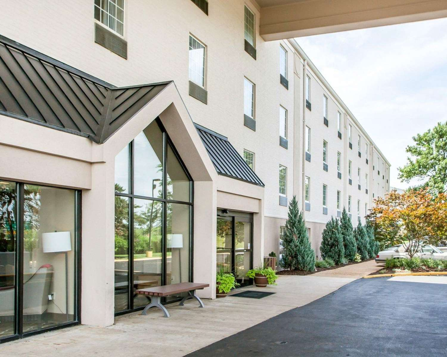 Exterior view - Comfort Inn Conference Center Maryland Heights