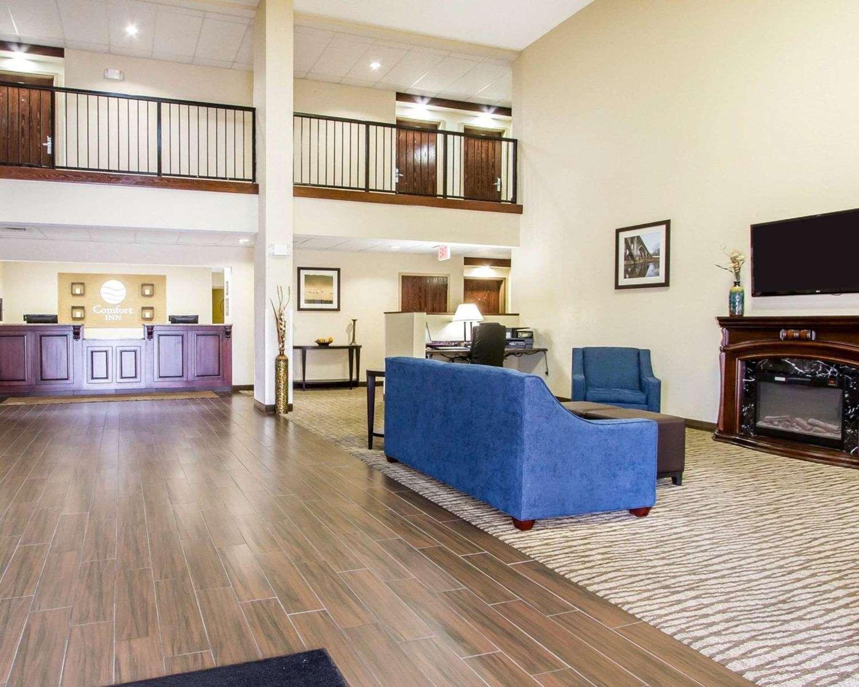 Lobby - Comfort Inn Poplar Bluff