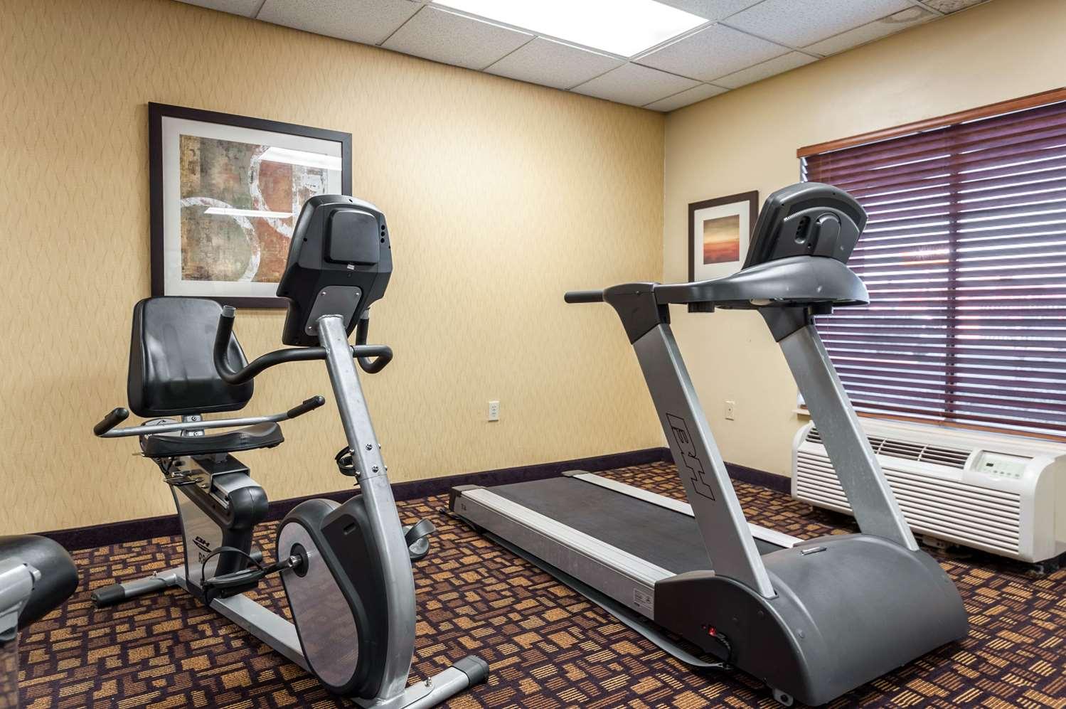 Fitness/ Exercise Room - Comfort Inn Clarksdale