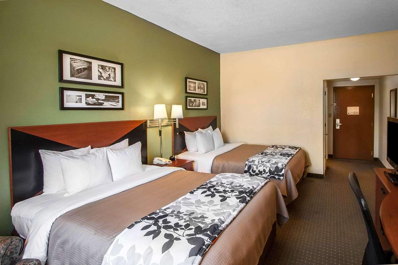 Room - Sleep Inn & Suites Pearl