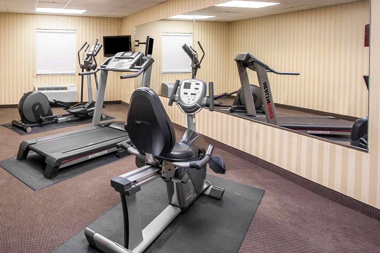 Fitness/ Exercise Room - Sleep Inn & Suites Pearl