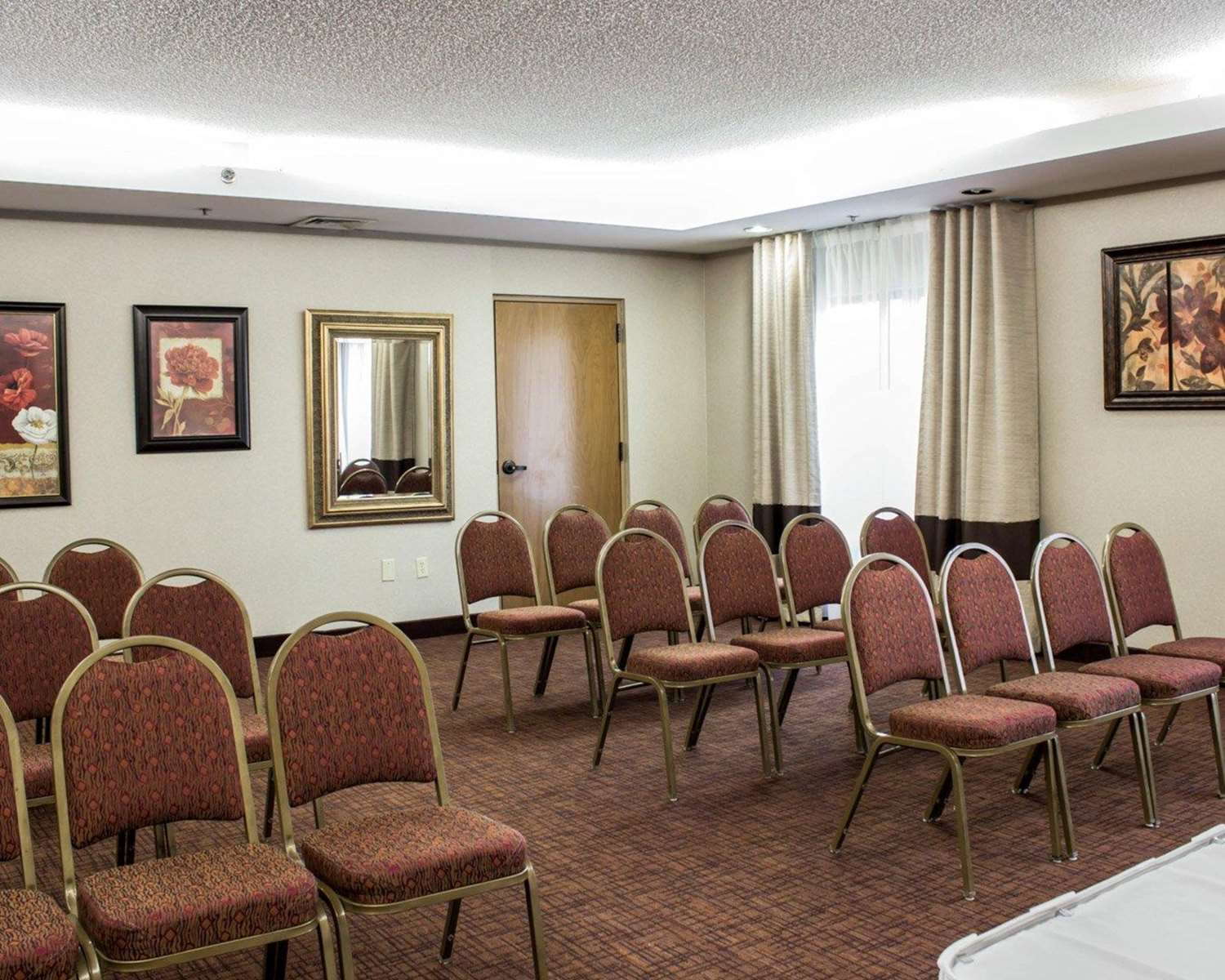 Meeting Facilities - Comfort Suites Cary