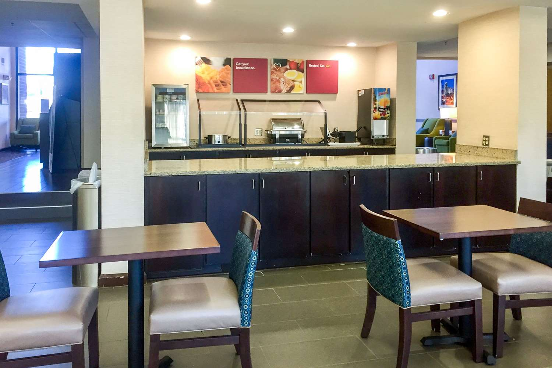 Restaurant - Comfort Suites Cary