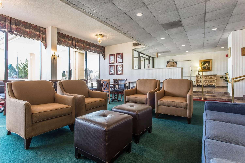 Lobby - Comfort Inn Laurinburg