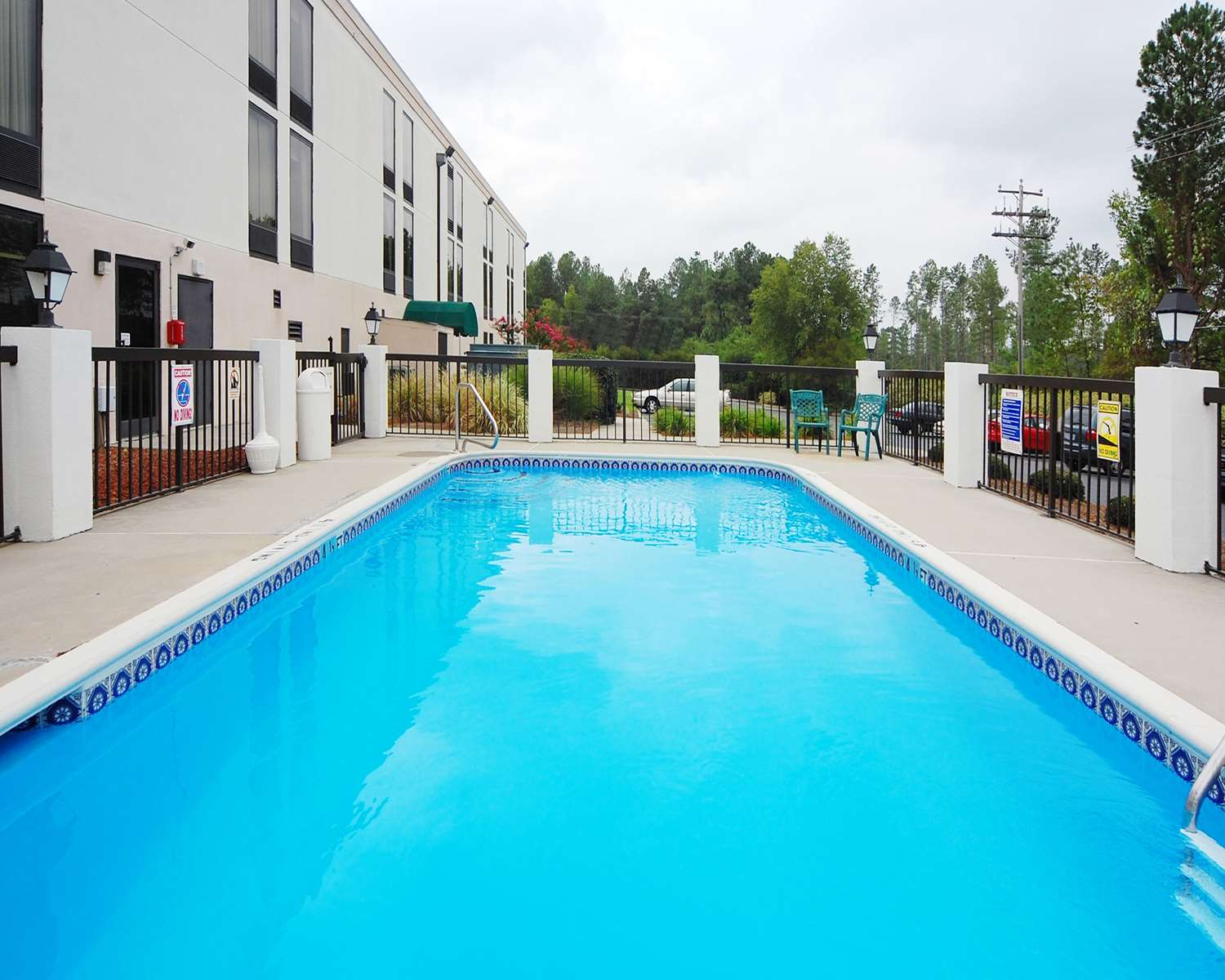 Pool - Comfort Inn Laurinburg