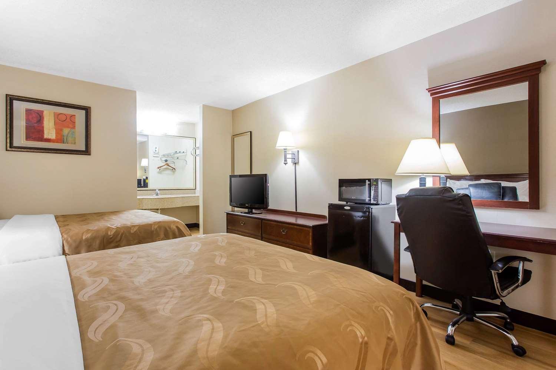 Room - Quality Inn Mt Airy
