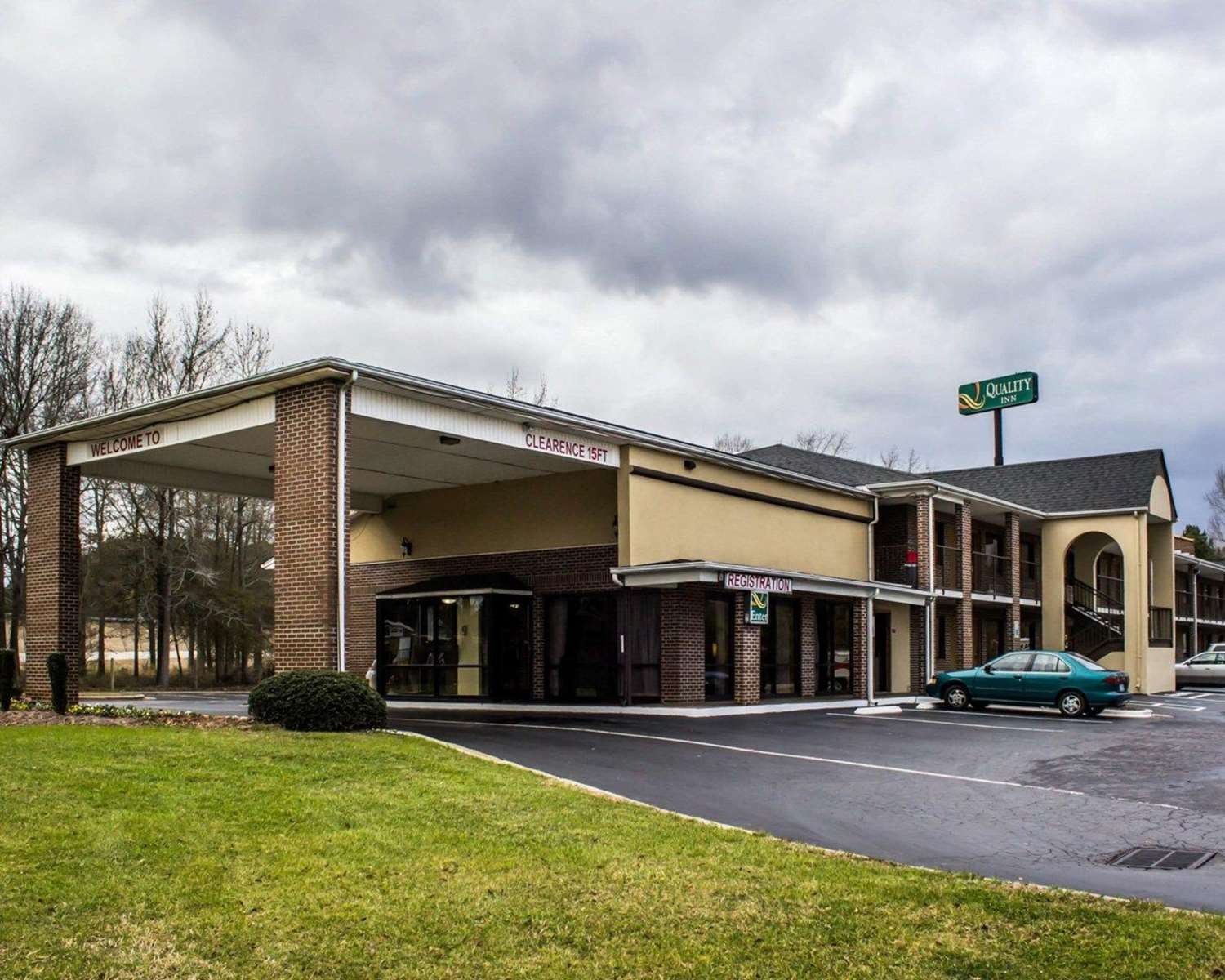 Exterior view - Quality Inn Kenly