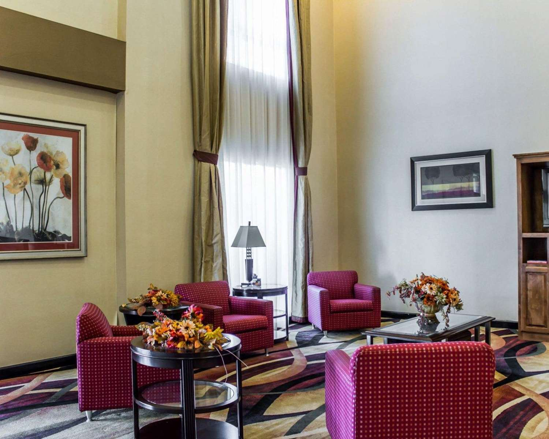 Lobby - Comfort Suites Clayton