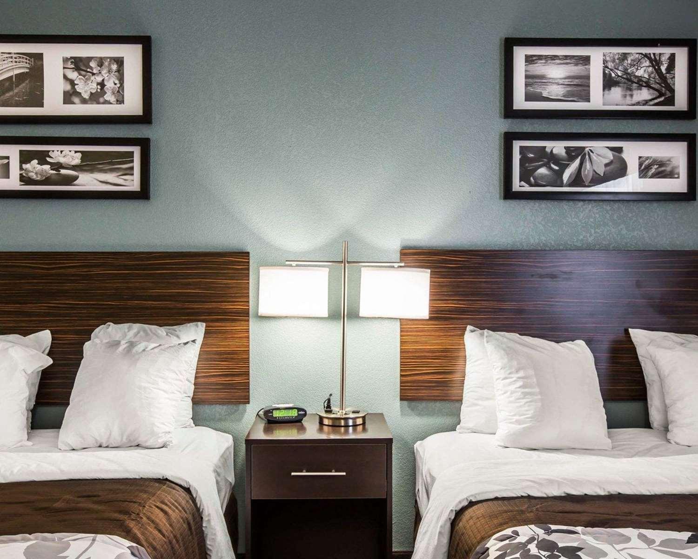 Room - Sleep Inn Airport Greensboro